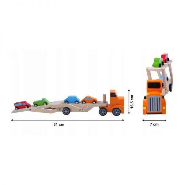 medinis-sunkvezimis-su-4-automobiliais (1)